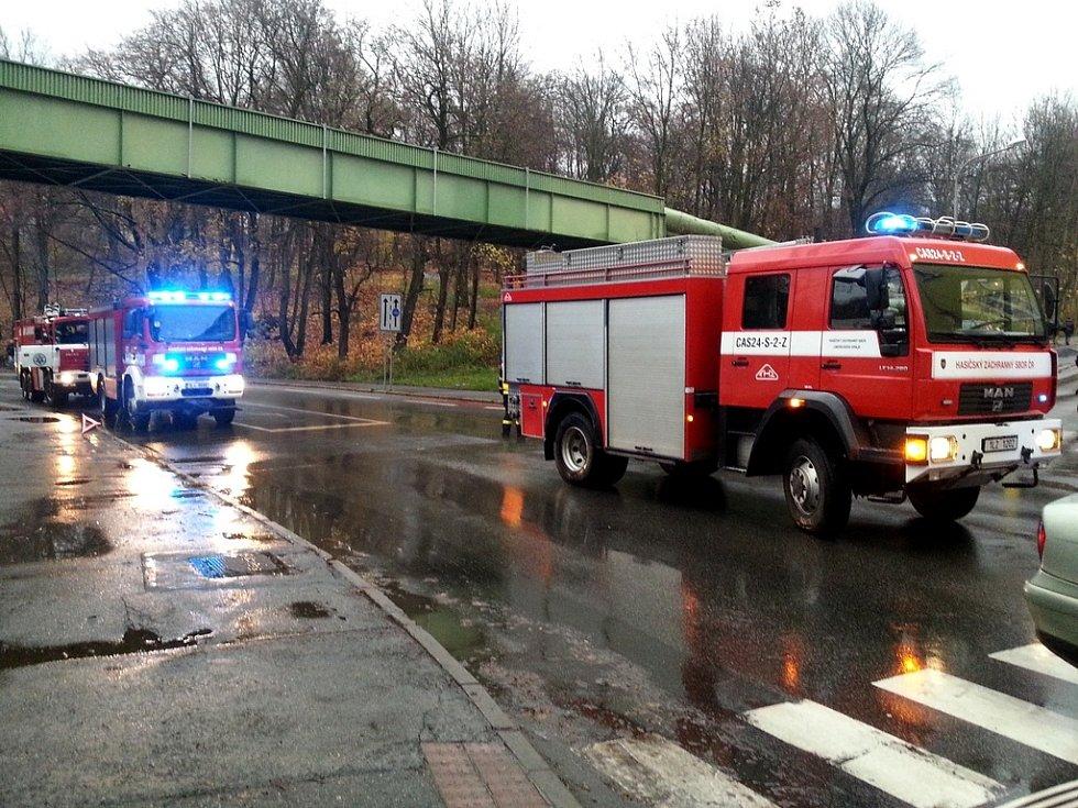 Dvě auta se ve středu odpoledne srazila poblíž teplárny v ulici Dr. Milady Horákové v Liberci.