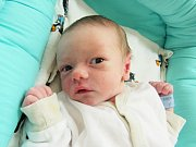 KRYŠTOF KYSEL' Narodil se 12. března v liberecké porodnici mamince MoniceKyselové z Liberce. Vážil 2,64 kg a měřil 49 cm.
