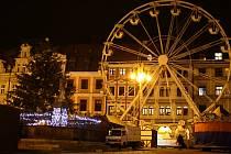 Vánočně vyzdobené náměstí Dr. Edvarda Beneše v Liberci
