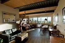 Panorama Café v Turnově nabízí kromě dobré kávy a koláčů i terasu s pohledem na město.