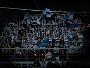 Utkání 52. kola Tipsport extraligy ledního hokeje se odehrálo 3. března 2017 v liberecké Home Credit areně. Utkaly se celky Bílí Tygři Liberec a BK Mladá Boleslav. Na snímku fanoušci Liberce. Před zápasem převzali liberečtí hokejisté Pohár prezidenta Česk