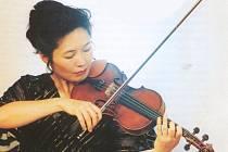 49. SEZONA. Cyklus abonentních koncertů ve čtvrtek otevře japonská houslistka Shizuka Ishikawa.