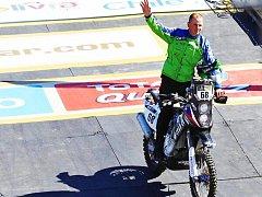 JAN VESELÝ na přehlídce před startem jednoho z minulých ročníků Rallye Dakar.