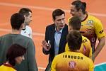 Třetí zápas play off o třetí místo volejbalové extraligy mužů mezi týmy VK Dukla Liberec a VK ČEZ Karlovarsko se odehrál 19. dubna v Liberci. Na snímku trenér Michal Nekola.