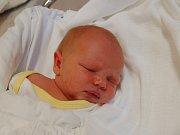 RÓZA MÜLLEROVÁ  Narodila se 25. prosince v liberecké porodnici mamince Janě Zábrodské z Liberce.  Vážila 2,99 kg a měřila 48 cm.