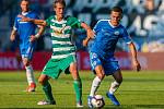 Zápas 5. kola první fotbalové ligy mezi týmy FC Slovan Liberec a Bohemians 1905 se odehrál 18. srpna na stadionu U Nisy v Liberci. Na snímku zleva Michal Švec a Jakub Pešek.