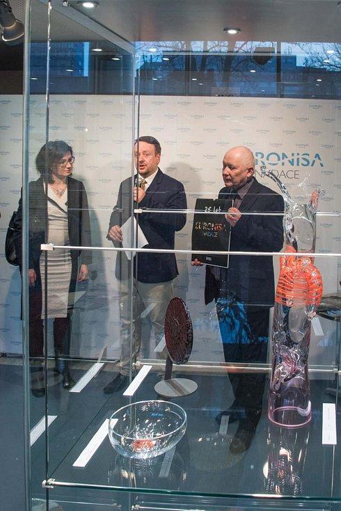 Vernisáž výstavy 25 let s Nadací Euronisa.