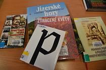 Jizerky i socialistické plastiky bodovaly v soutěži o nejlepší knihu.