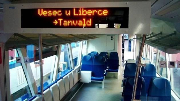 Na zkušební jízdu do Liberce dorazil vlak Stadler.