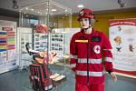 Výstava ke stému výročí ČČK v budově Krajského úřadu v Liberci.