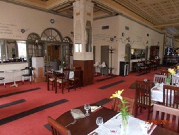 Restaurace Hotelu Praha po rekonstrukci.