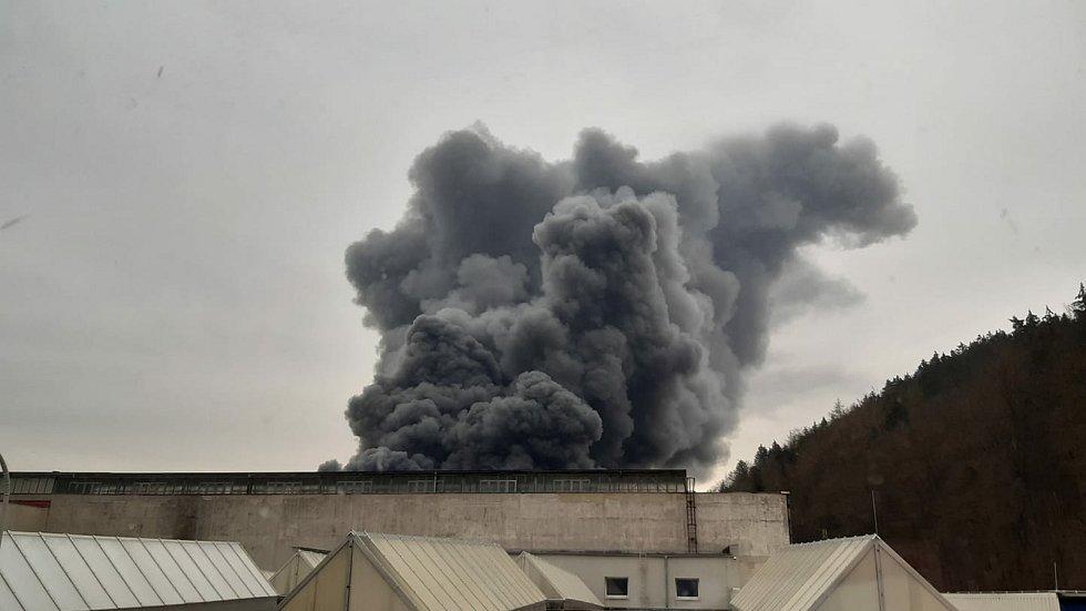 Požár objektu v Chrastavě.