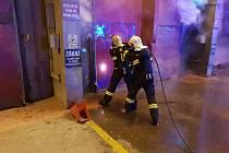 V liberecké spalovně zasahují hasiči.