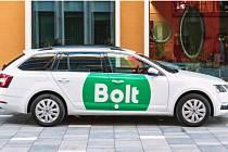 Bolt vstoupil na trh v Liberci a Jablonci. Lidé uvidí předem, kolik za cestu zaplatí.