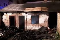 Požár kůlny ve Frýdlantu.