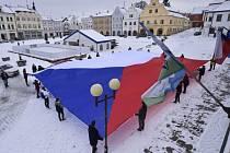 Liberecký kraj vyvěsí největší českou vlajku. Připomene sto let od založení Československa.