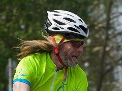 Za 4.13 hodiny dal Milan Jelínek na koloběžce 80 km Marcialonga.