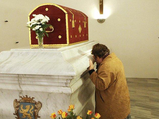 Poutě ke svaté Zdislavě z Lemberka, patronce rodin, probíhají v květnu.  V bazilice minor svatého Vavřince a svaté Zdislavy bývají korunovány slavnostní poutní mší.