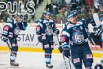 Utkání 9. kola Tipsport extraligy ledního hokeje se odehrálo 1. října v liberecké Home Credit areně. Utkaly se celky Bílí Tygři Liberec a HC Dynamo Pardubice. Na snímku vpravo je Adam Jánošík.