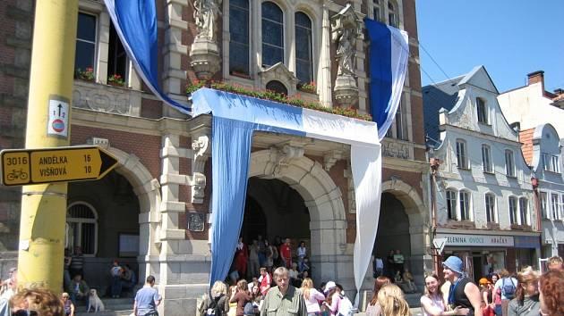Valdštejnské slavnosti ve Frýdlantě, náměstí.