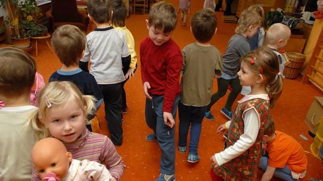 Plané neštovice a střevní potíže jsou mezi dětmi rozšířené.