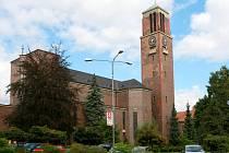 ZASCHEHO KOSTEL Nejsvětějšího srdce Páně patří spolu s Plečnikovým kostelem v Praze k nejpozoruhodnějším stavbám své doby u nás.