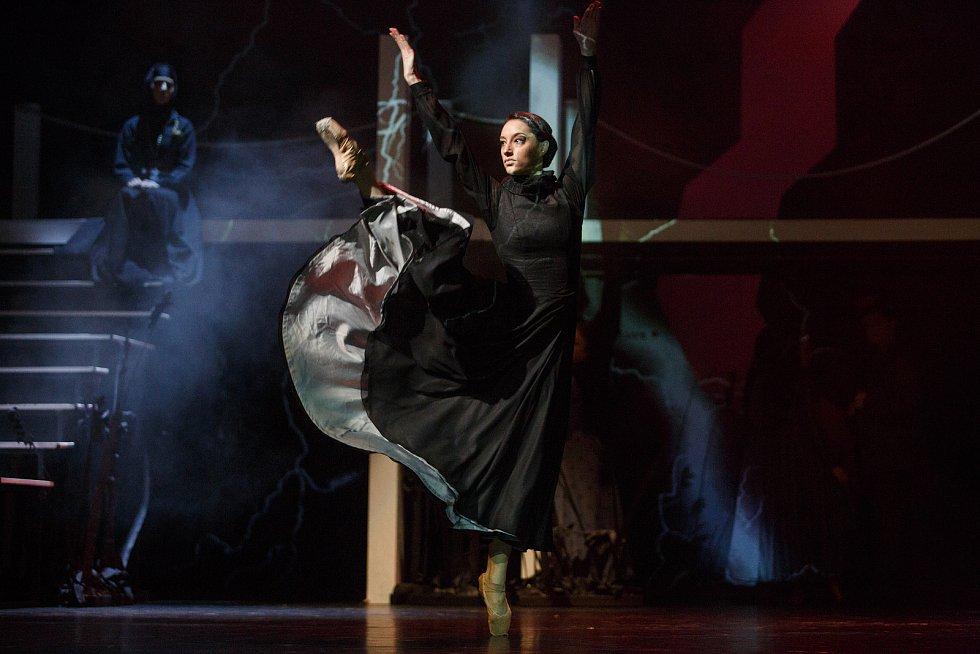 Taneční drama Bouře v libereckém divadle F. X. Šaldy.
