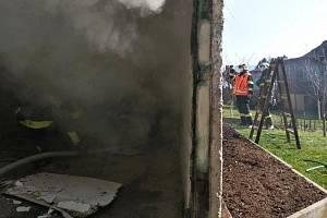 Požár garáže v Liberci