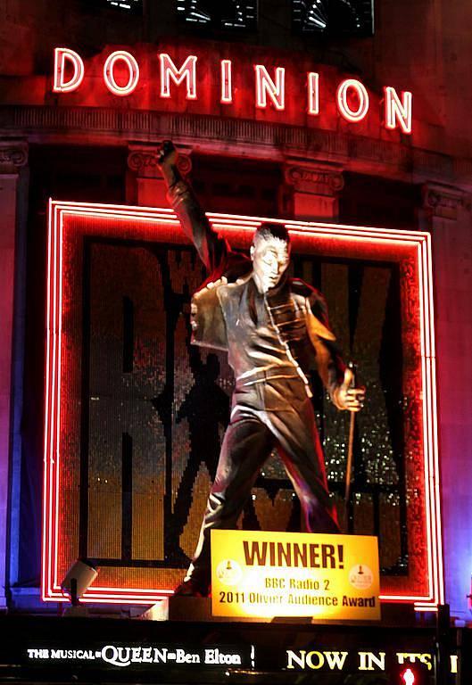 Dominion Theatre na Oxfort Street v Londýně