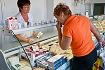 Mlékárna společnosti Plastcom v Příšovicích na Liberecku vloni otevřela už druhou podnikovou prodejnu v kraji.