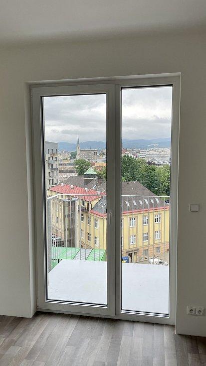 Pohled z jednoho z bytů.