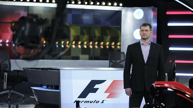 Tomáš Richtr ve studiu F1.