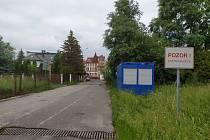 Polsko otevřelo své hranice v sobotu 13.6., česká strana ale až od 15.6. Hlídky na hranicích tak vracely o víkendu stovky lidí zpátky.