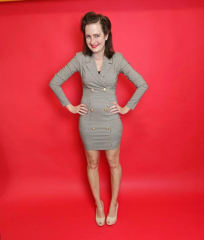 Bývalá redaktorka Libereckého deníku a celostátní redakce Deníku Hana Langrová se stala jednou z osmi finalistek Miss pin-up Česká republika.