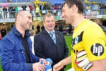 Hráčům poděkoval i sportovní manažer Jan Nezmar a ředitel klubu Libor Kleibl