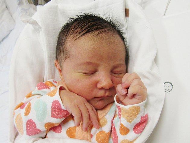 GABRIELA MRAČKOVÁ Narodila se 27. března v liberecké porodnici mamince Kateřině Mračkové z Liberce. Vážila 3,15 kg a měřila 48 cm.