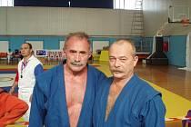 GENERÁL A KOHOUT. Liberecký trenér je vpravo.