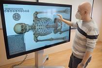 Virtuální pitevní stůl odhalí taje lidského těla.