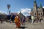 Libercem prošel průvod masek, který odstartoval festival loutkového divadla Mateřinka.