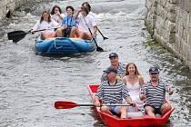 Řeku Nisu znečišťují škodliviny z bývalé skládky.