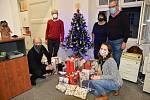 Ježíšek v podobě zaměstnanců ČEZ Distribuce přijel do libereckého Jedličkova ústavu již po třinácté dárky.