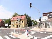 V létě roku 2018 proběhla rekonstrukce křižovatky ulice Dr. Milady Horákové a Čechova. Snímek zachycuje finální stav po přestavbě, ze dne 16. července 2018.