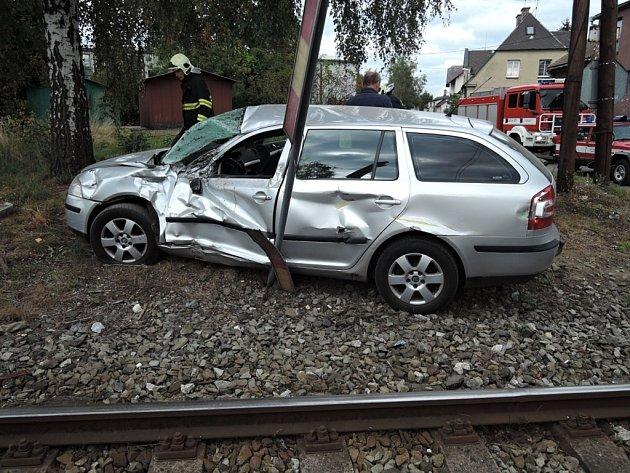NEHODA, která se stala loni v září v Turnově, se naštěstí obešla bez vážných zranění.