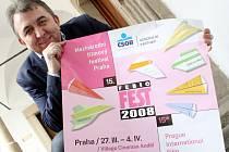 Nevýznamnější filmový festival je dílem jediného muže, který se jmenuje Fero Fenič.