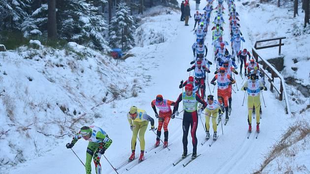 JIZERSKÁ PADESÁTKA. 49. ročník běžkařského závodu.