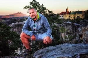Jiří Holub je kastelánem na Hrubém Rohozci deset let.