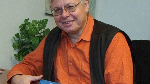 Roman Karpaš, autor a nakladatel v jedné osobě.
