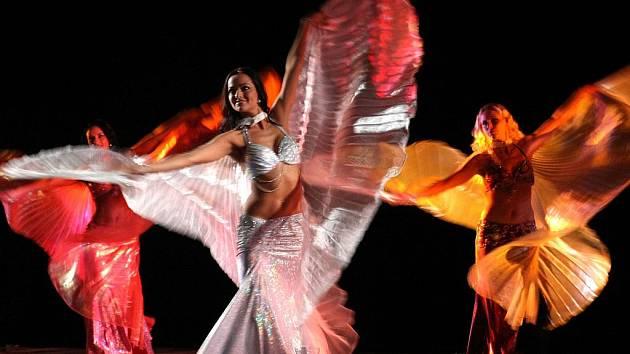 Taneční skupina Mona