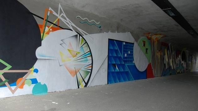 Street art v turnovském podchodu.