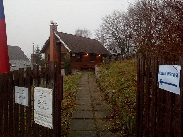 Volební místnost Radčice.